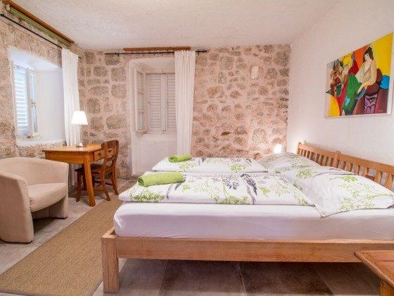 Schlafzimmer 1 EG - Bild 2 - Objekt 201117-3