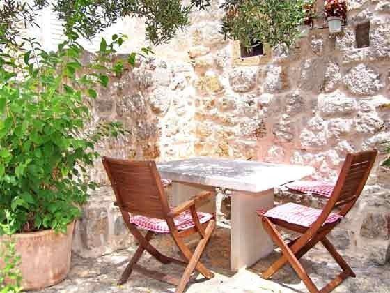 Terrasse unter dem Olivenbaum - Bild 2 - Objekt 201117-3