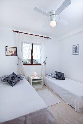 kleines 2- Bett Zimmer auf der 1. Etage