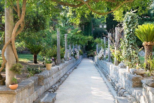 Weg durch den Garten - Objekt 94599-40