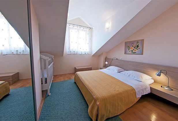 Penthaus - Schlafzimmer 1 von 2 - Objekt 94599-41