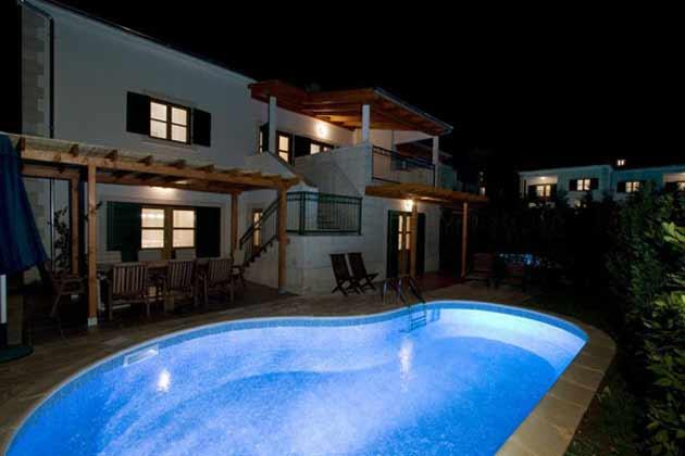 Ferienhaus Liza bei Nacht