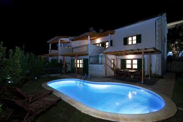 Ferienhaus Dane bei Nacht