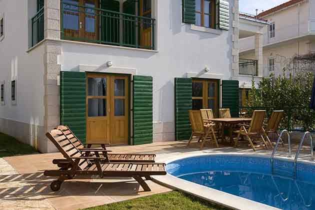 Ferienhaus Cvita Sonnenterrasse und Pool