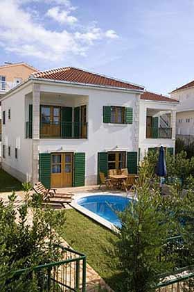 Ferienhaus Cvita Blick vom Garten