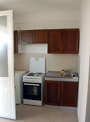 FW 1 (2+1) Küchenzeile - Objekt 2001-72