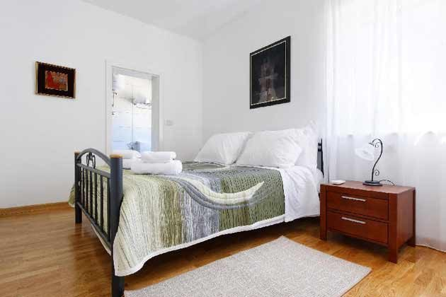 Schlafzimmer 2 von 3 - Objekt 138495-26