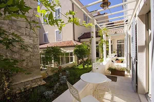 Terrassen zum Garten