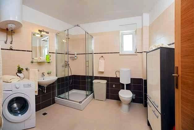 A3 großes Duschbad