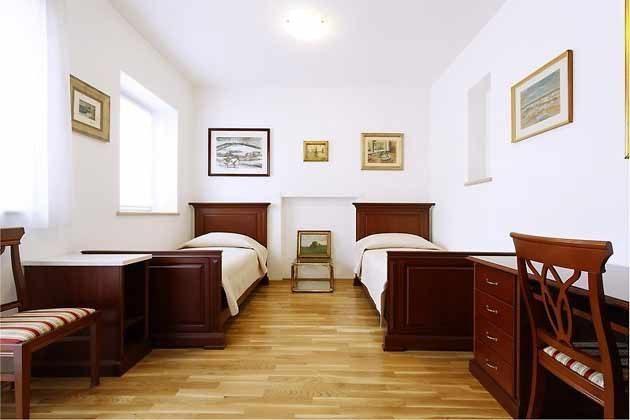 Schlafzimmer 2 - Bild 2 - Objekt 138495-27