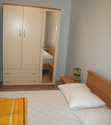 A1 Schlafzimmer 1