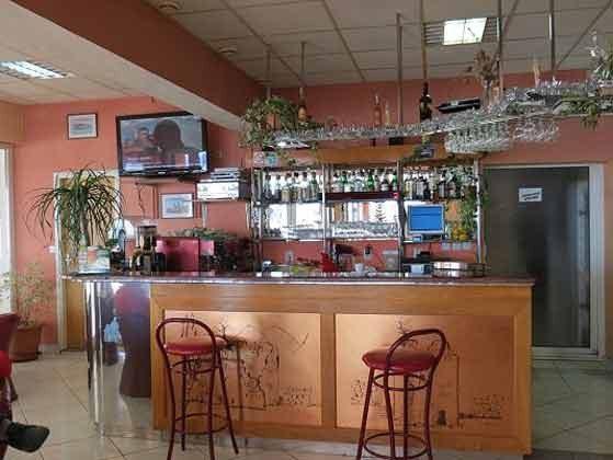 Restaurant im Nachbarhaus - Bild 1 - Objekt 100272-2