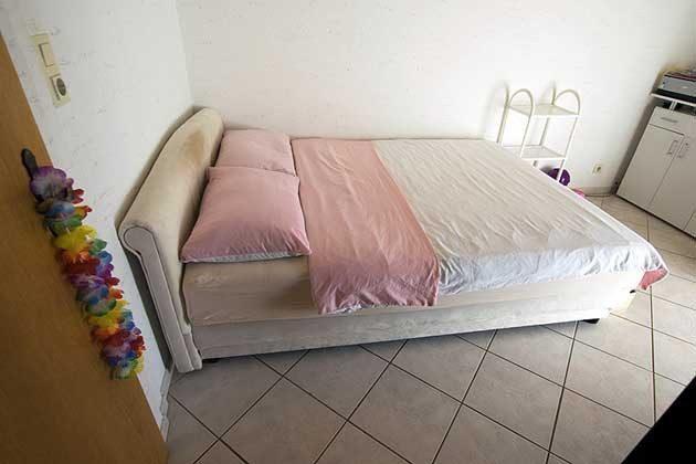 A3 Schlafzimmer 2 - Objekt 173302-10