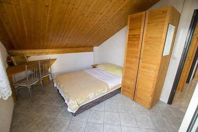 A4 Schlafzimmer 4