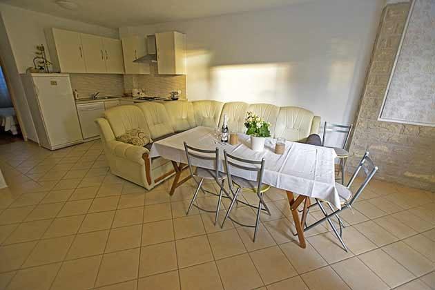 A2 Wohnküche mit Schlafcouch - Objekt 173302-10