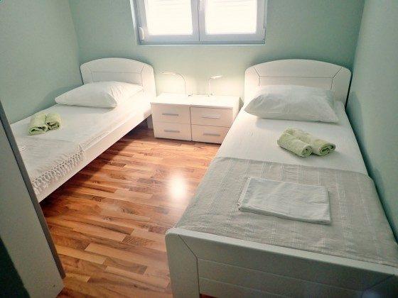 Schlafzimmer 2 - Bild 1 - Objekt 173302-11