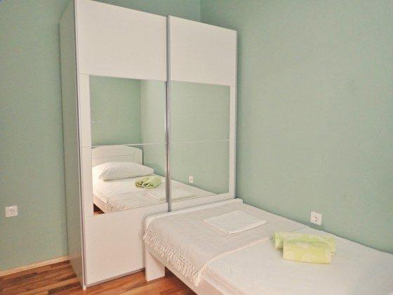 Schlafzimmer 2 - Bild 2 - Objekt 173302-11