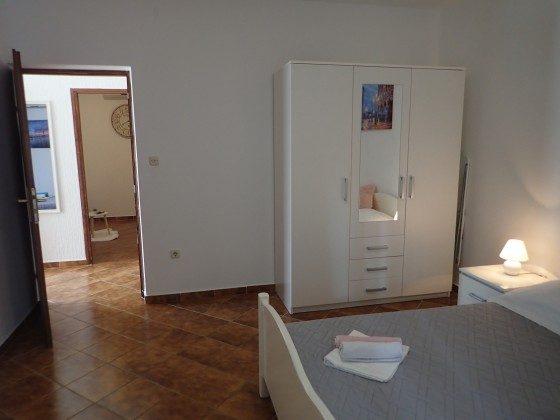 FW1 Schlafzimmer 1 - Bild 2 - Objekt 173302-13