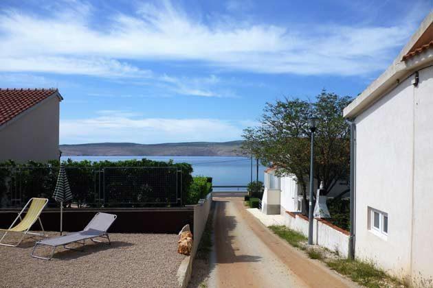 Terrasse links und Weg zum Strand - Objekt 173302-23