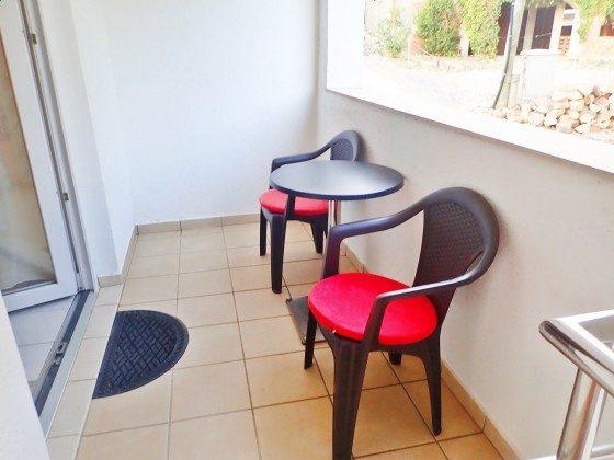 A2 kleiner Balkon vor der Küche - Bild 1 - Objekt 173302-24