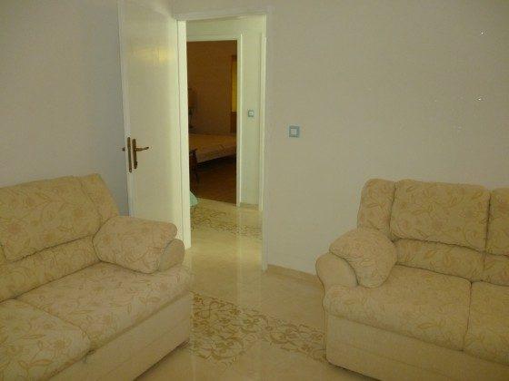 Wohnzimmer mit Schlafcocch - Bild 2 - Objekt 173302-33