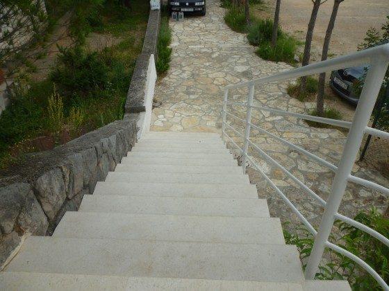 Außentreppe zur Ferienwohnung - Objekt 173302-33