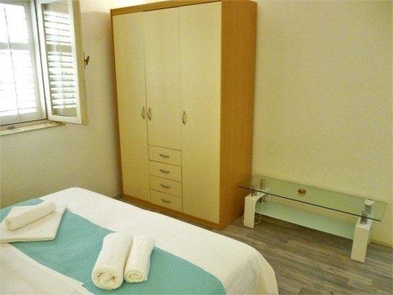 Schlafzimmer 1 - Bild 3 - Objekt 173302-33