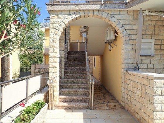 Außenteeppe zu den Apartments - Bild 1 - Objekt 173302-35