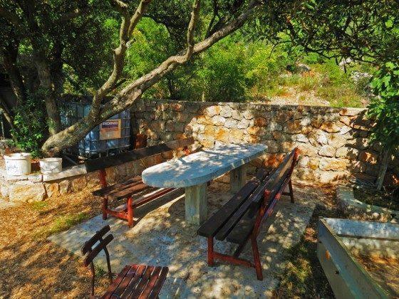 weitere Sitzplatz im Garten - Objekt 173302-3