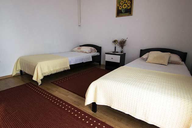 Schlafzimmer 2 - Bild 3 - Objekt 173302-6