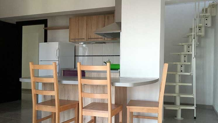 A3 Küchenzeile und Treppe ins obere Schlafzimmer - Objekt 173302-8