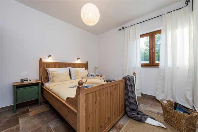 Schlafzimmer 2 von 4 - Objekt 196520-2