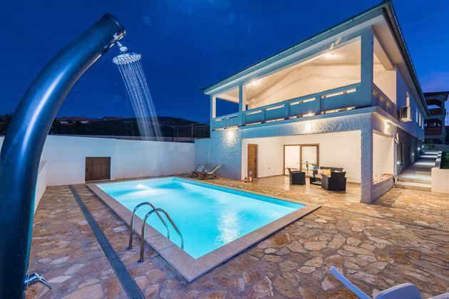 Ferienhaus und Pool - Bild 2 - Objekt 196520-2