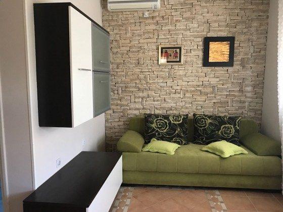 A1 Schlafcouch im Wohnraum - Bild 1 - Objekt 173302-27