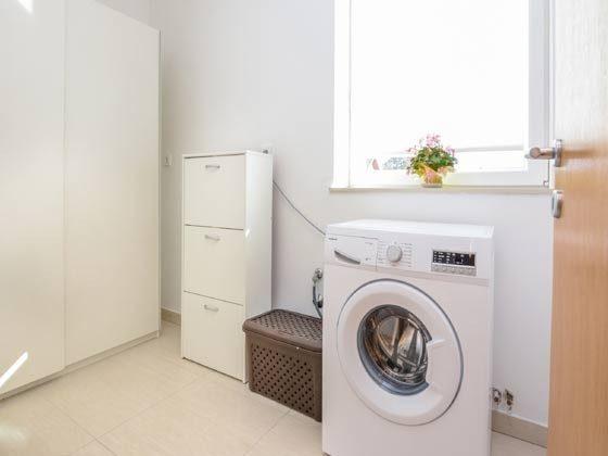 Wirtschaftsraum mit Waschmaschine - Objekt 196620-4