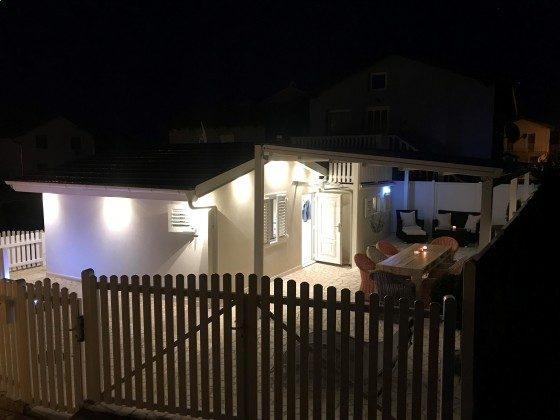 Ferienhaus bei Nacht - Objekt 217580-1