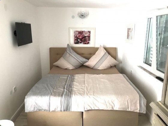 Schlafzimmer 1 von 3 - Objekt 217580-1