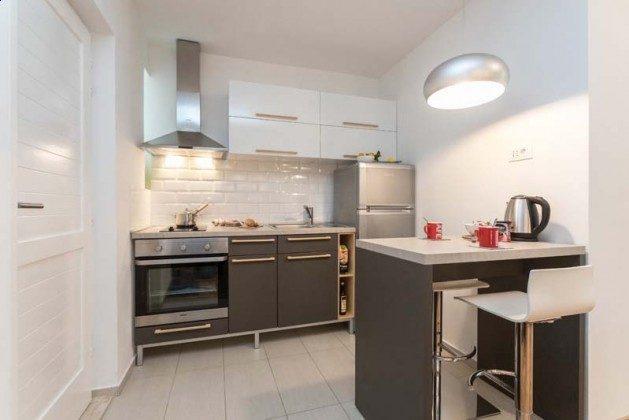 Küchenzeile -und Essplatz - Objekt 94599-11