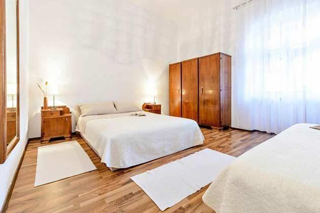 Schlafzimmer 2 - Bild 2 - Objekt 94599-1