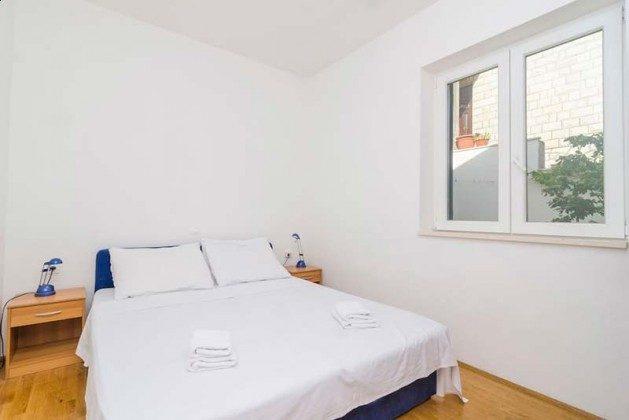 Schlafzimmer 1 mit Doppelbett - Objekt 94599-2