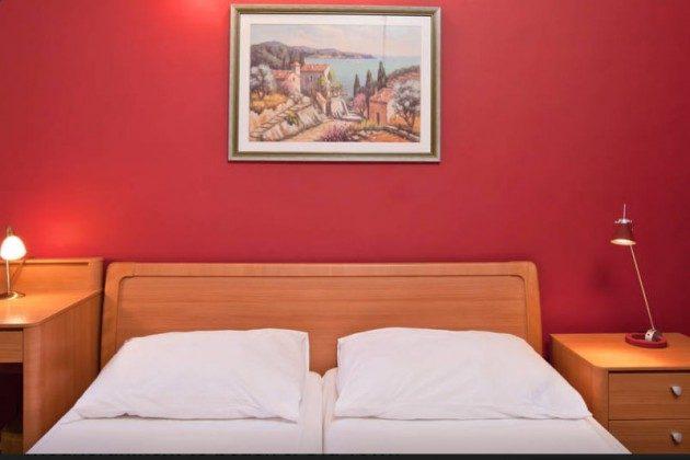 A1 Schlafzimmer 1 - Bild 3 - Objekt 94599-4
