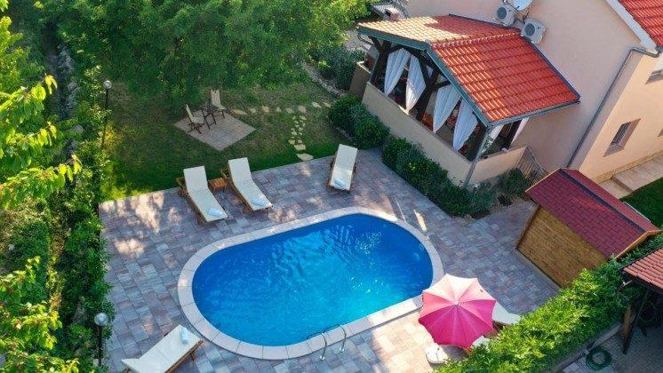 Haus und Pool - Bild 2 - Objekt 203985-1