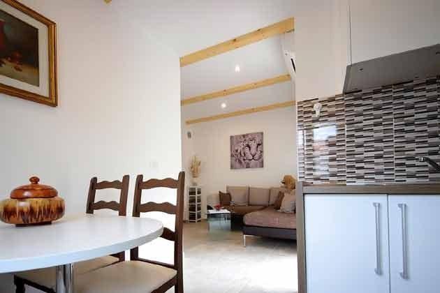 A1 Küche und Wohnraum - Bild 1 - Objekt 203985-1