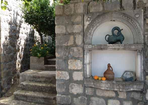 Treppe zum Grundstück - Bild 1 - Objekt 99211-1