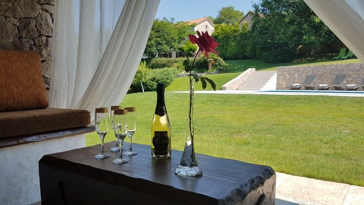 Lounge im Gartenhaus - Bild 1 - Objekt 160284-161