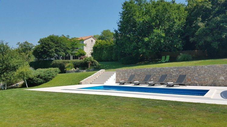 Ferienhaus und Pool - Objekt 160284-161