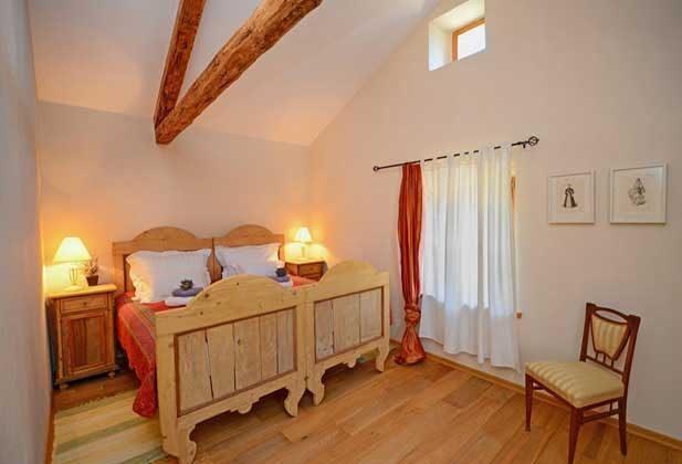 Schlafzimmer 1 von 4 - Bild 1 - Objekt 138493-16
