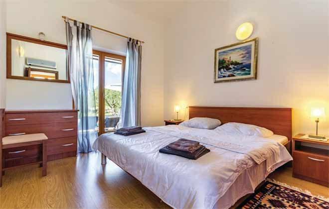 Schlafzimmer 1 von 7 - Objekt 160284-162