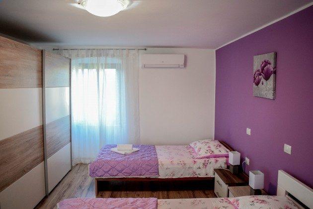 Schlafzimmer 4 - Bild 2 - Objekt 160284-302