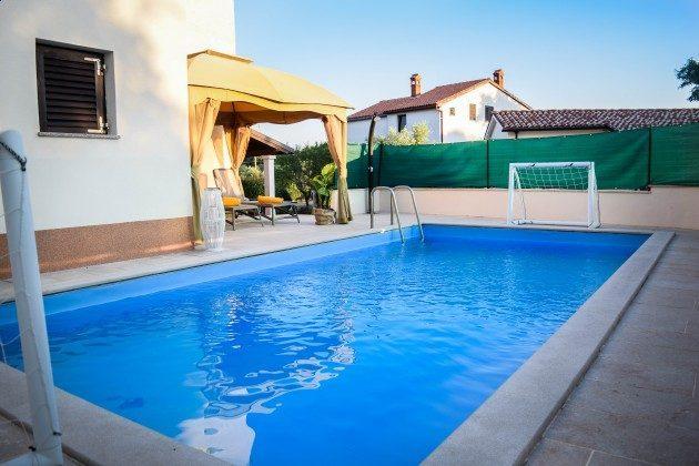 der Pool - Objekt 160284-302